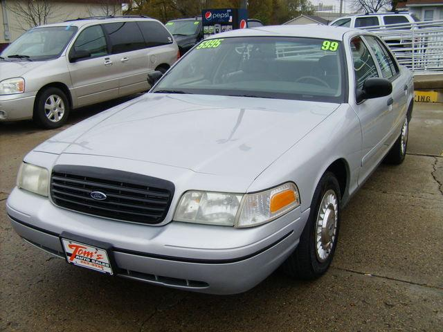 1999 ford crown victoria police interceptor for sale in des moines iowa classified. Black Bedroom Furniture Sets. Home Design Ideas