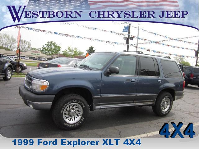 1999 ford explorer xlt for sale in dearborn michigan. Black Bedroom Furniture Sets. Home Design Ideas