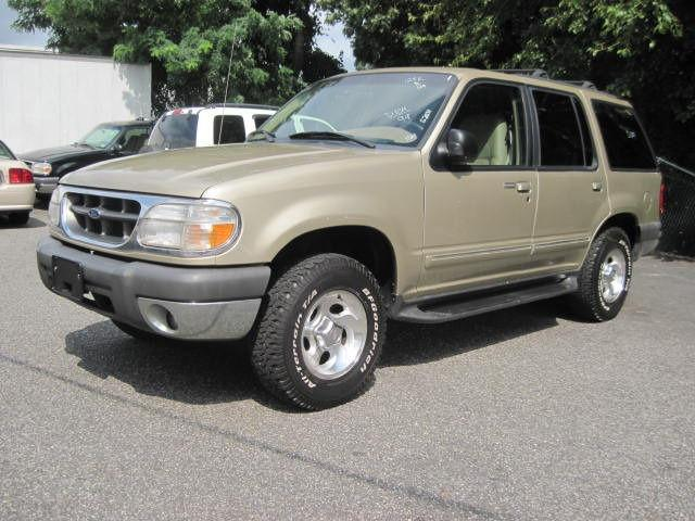 1999 ford explorer xlt for sale in patchogue new york. Black Bedroom Furniture Sets. Home Design Ideas