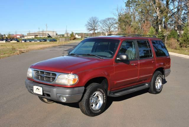 1999 ford explorer xlt for sale in chantilly virginia classified. Black Bedroom Furniture Sets. Home Design Ideas