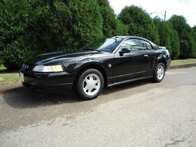 1999 ford mustang for sale in cedar rapids iowa classified. Black Bedroom Furniture Sets. Home Design Ideas