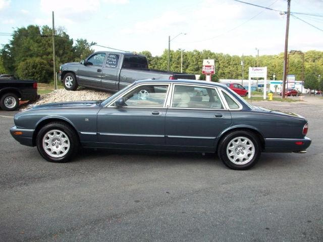1999 jaguar xj8 1999 jaguar xj8 car for sale in fayetteville nc 4367406590 used cars on. Black Bedroom Furniture Sets. Home Design Ideas