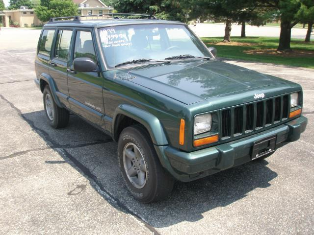 1999 jeep cherokee sport 1999 jeep cherokee sport car for sale in tremont il 4368212237. Black Bedroom Furniture Sets. Home Design Ideas