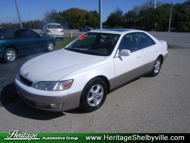 1999 lexus es 300 for sale in shelbyville indiana classified. Black Bedroom Furniture Sets. Home Design Ideas
