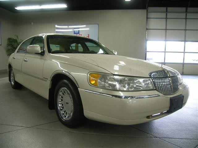 1999 Lincoln Town Car Cartier For Sale In Lima Ohio Classified