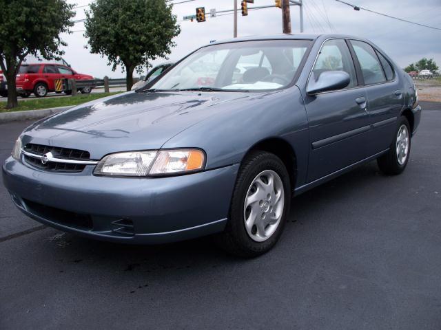 1999 Nissan Altima Gxe For Sale In Hendersonville