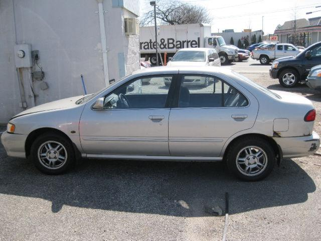 1999 nissan sentra gxe for sale in hicksville new york classified. Black Bedroom Furniture Sets. Home Design Ideas