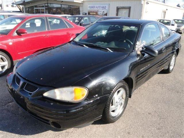1999 pontiac grand am se for sale in downers grove illinois classified. Black Bedroom Furniture Sets. Home Design Ideas