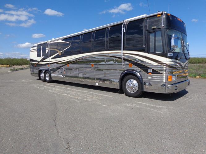 1999 PREVOST ROYALE COACH GREAT CONDITION , LOW MILES