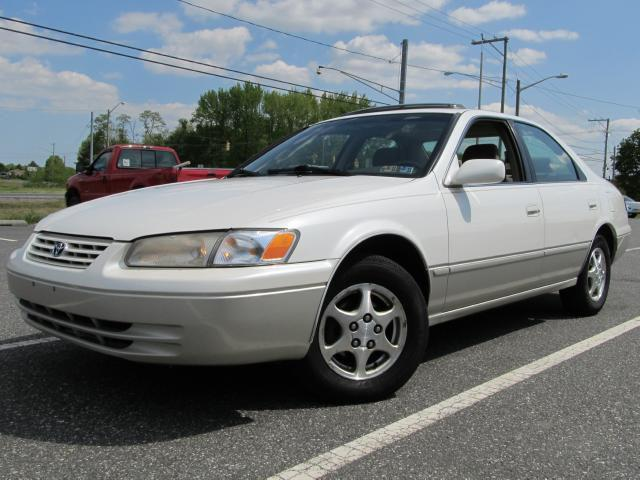 1999 toyota camry le for sale in townsend delaware classified. Black Bedroom Furniture Sets. Home Design Ideas