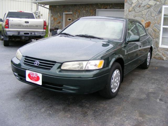 1999 toyota camry le for sale in lenoir north carolina classified. Black Bedroom Furniture Sets. Home Design Ideas