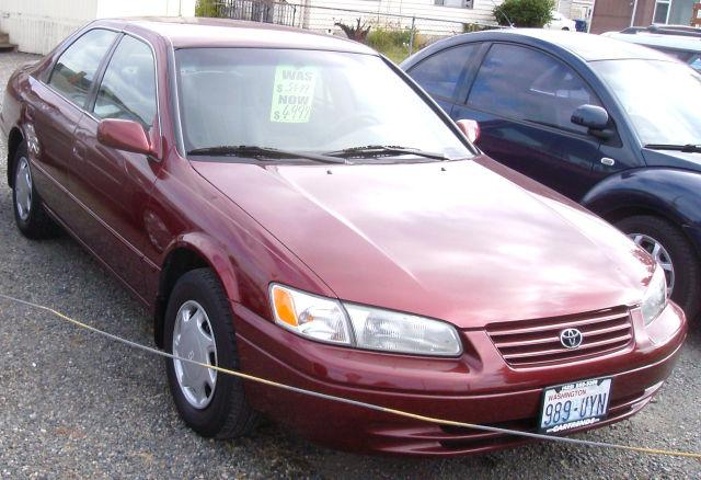 1999 toyota camry le for sale in renton washington classified. Black Bedroom Furniture Sets. Home Design Ideas