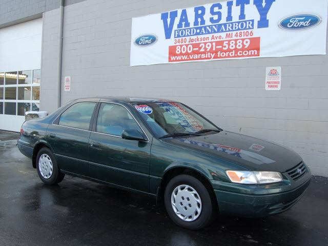 1999 Toyota Camry Le For Sale In Ann Arbor Michigan