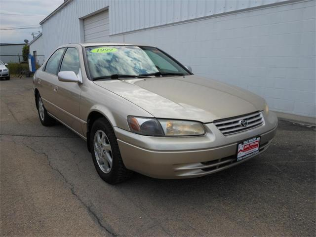 1999 toyota camry xle for sale in ottawa illinois classified. Black Bedroom Furniture Sets. Home Design Ideas