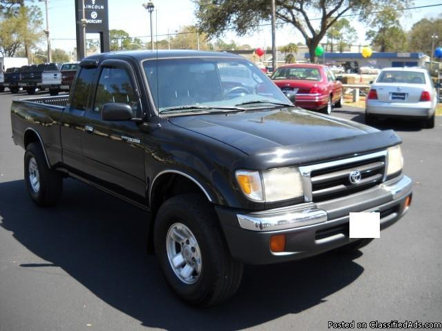 1999 toyota tacoma xtracab v6 for sale in indianapolis indiana classified. Black Bedroom Furniture Sets. Home Design Ideas