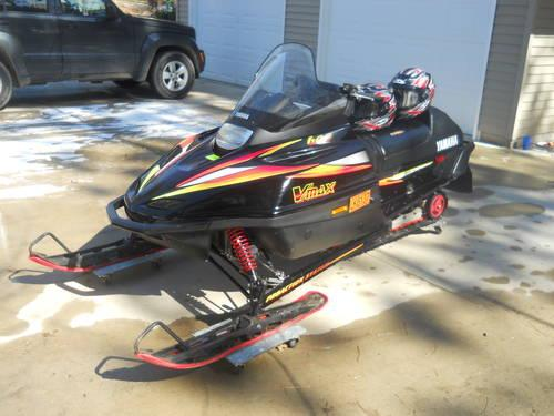 1999 Yamaha V Max 600 Snowmobile Sled MINT For Sale In Farwell Michigan