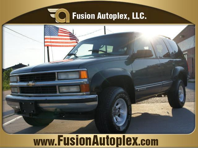 1999 chevrolet tahoe ls for sale in houston texas classified. Black Bedroom Furniture Sets. Home Design Ideas