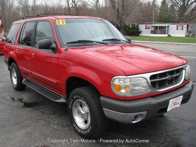 1999 ford explorer xlt for sale in madison ohio classified. Black Bedroom Furniture Sets. Home Design Ideas