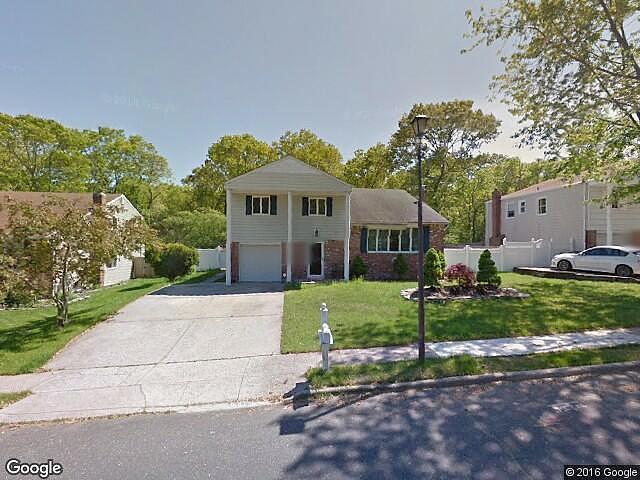 2.00 Bath Single Family Home, Selden NY, 11784