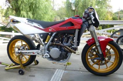 $2,000 2007 Husqvarna SMR 450