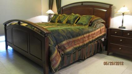 Richardson Brothers Cherry Buffet Classifieds Buy Sell - Richardson brothers bedroom furniture