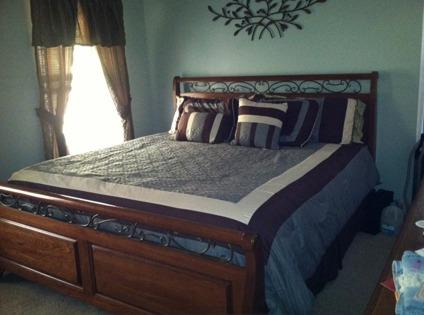 OBO 7 Piece Kincaid King Bedroom Set + Mattress for Sale in ...