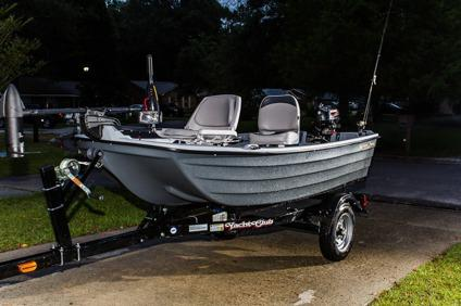 Obo brand new sun dolphin pro 10 2 bass boat fishing for Bass pro fishing sale