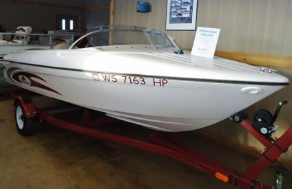 Very sharp 1994 bayliner reflexx 14 jet boat motor for Outboard motors for sale in wisconsin
