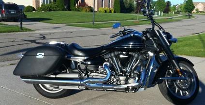 2006 Yamaha Roadliner Midnight for Sale in Grand Rapids, Michigan ...