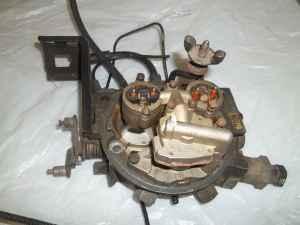 2 8 GM V6 throttle body - (Newport News, Denbigh) for Sale in