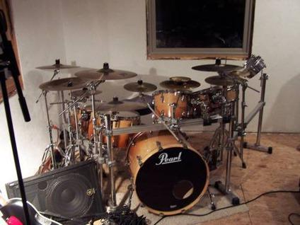 pearl masters drum set for sale in havana illinois classified. Black Bedroom Furniture Sets. Home Design Ideas