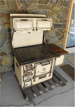 Antique Wood Burning Kitchen Stoves for Sale in Bakerville, South
