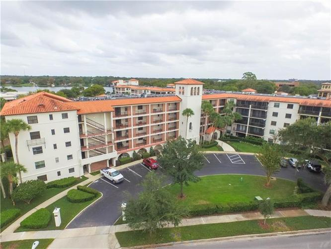 2 Bed 1 Bath Condo 100 S INTERLACHEN AVE #410