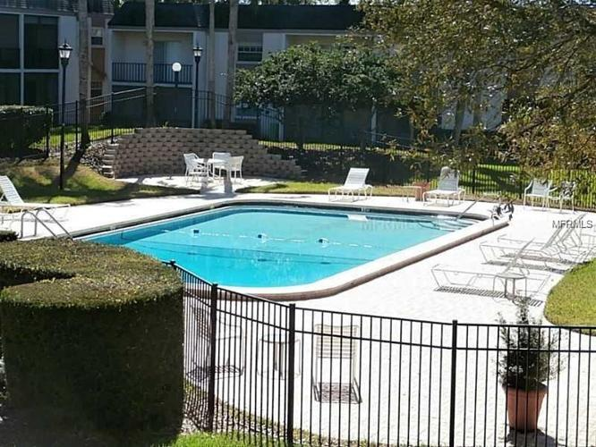 2 Bed 1 Bath Condo 709 RUSSELL LN #C221