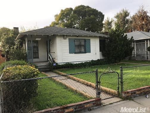 2 Bed 1 Bath House 1530 JULIAN ST