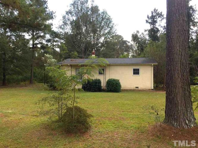2 Bed 1 Bath House 324 CLARK RD