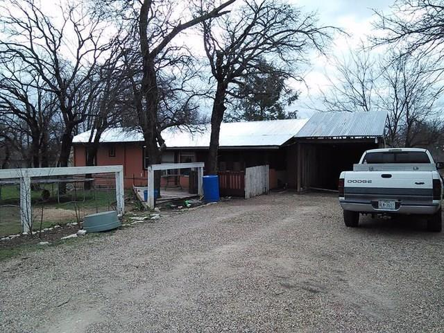 2 bed 1 bath house 4001 nebraska trl for sale in granbury, texas classified americanlisted.com