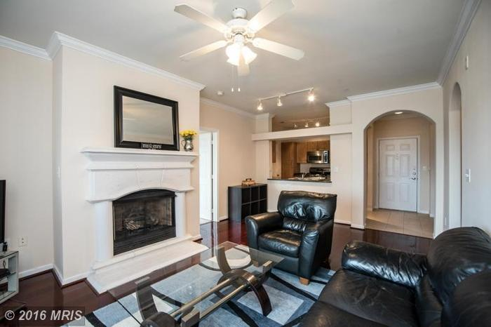2 Bed 2 Bath Condo 12941 CENTRE PARK CIR #216