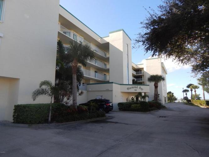 2 Bed 2 Bath Condo 190 PINELLAS LN #207
