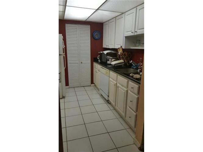 2 Bed 2 Bath Condo 500 NE 2ND ST #115