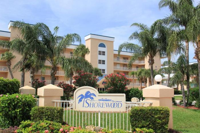 2 Bed 2 Bath Condo 603 SHOREWOOD DR #F303