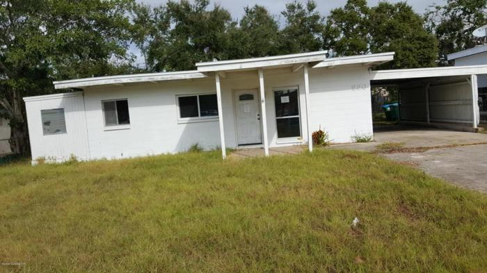 2 Bed 2 Bath House 226 POLK AVE