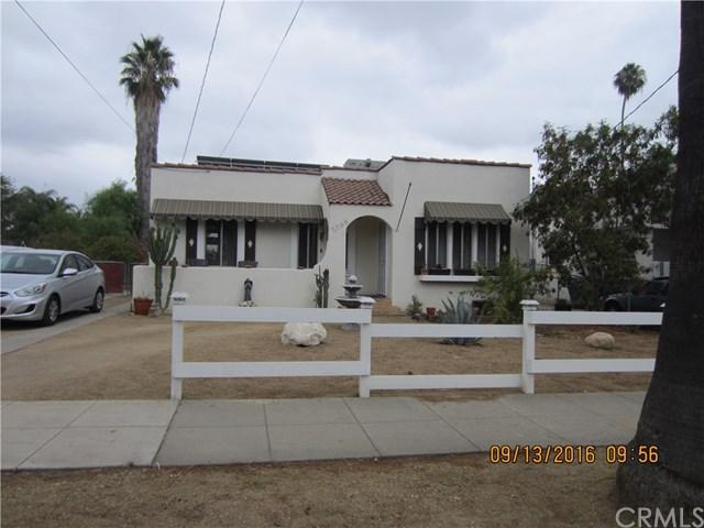 2 Bed 2 Bath House 2768 IRIS ST