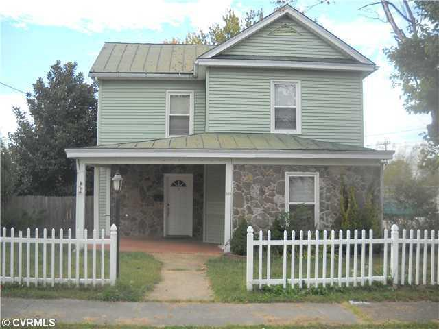 2 Bed 2 Bath House 309 N HIGH ST
