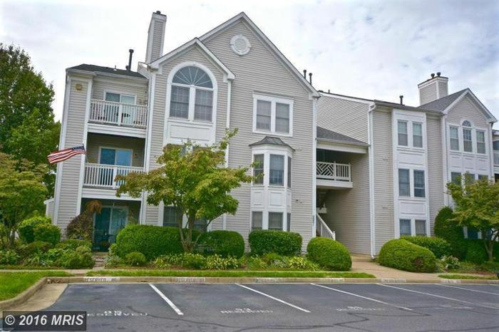 2 Bed 3 Bath Condo 11021 FOLKSIE CT #301
