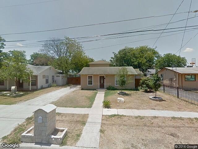 2 Bedroom Bath Single Family Home San Antonio Tx 78221 For Sale In San Antonio Texas