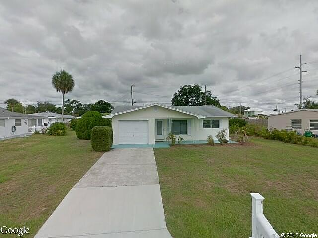 2 Bedroom 1.00 Bath Single Family Home, Vero Beach FL,