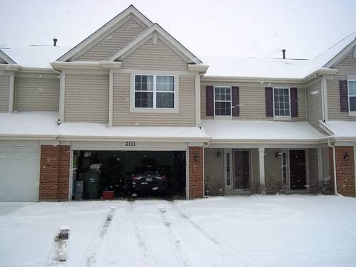 2 bedroom 2 5 bath town home with 2 car garage for sale in for 5 car garage house for sale