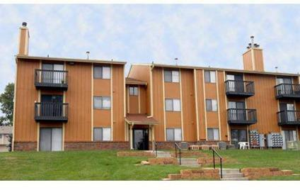 2 Beds Maple View Apartment Homes For Rent In Omaha Nebraska Classified