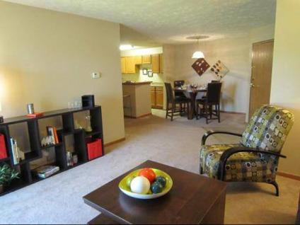 2 Beds The Falgrove Southwest Omaha For Rent In Omaha Nebraska Classified